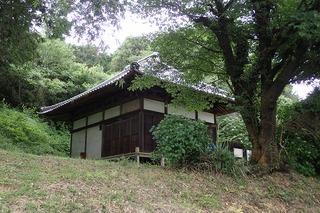 s-46(杉山)薬師堂・元杢網の天井絵がある