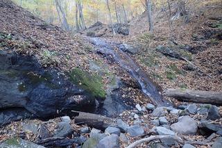 s-PB061387奧の二俣・右沢の最初の滝・ここから引き返す