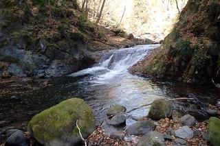 s-PB121562最初の1.5mナメ滝