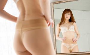 吉沢明歩の美乳がすけてるエロ下着画像00364