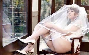 吉沢明歩ウェディングドレスで乱れる00376