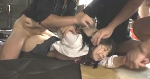 【ドスケベシチュ】悲愴感↑↑で抜けるwww美少女JKが地下室中出し輪姦レイプ!