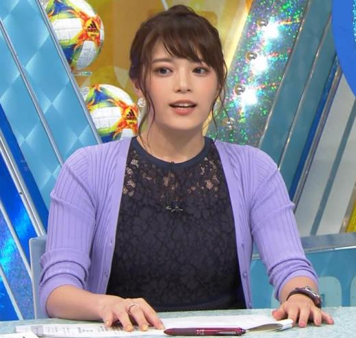 上村彩子アナ ミニスカ太もも