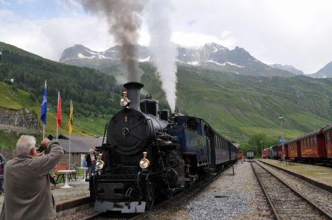 フルカ山岳蒸気鉄道
