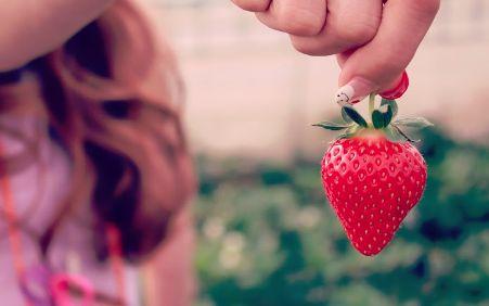 「イチゴ鼻」を改善できる食べ物が判明! ブツブツで悩んでるやつ今すぐ試すんだぁあああ!!!