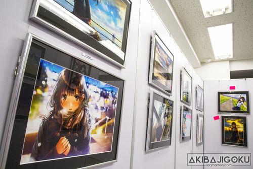 和遥キナ「毎日JK企画」アニメ化、秋葉原で個展も開催中