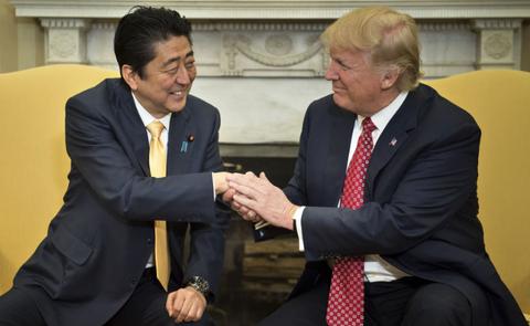 【ニュース】安倍首相トランプ大統領と電話会談・北朝鮮への圧力を最大限まで高めていく