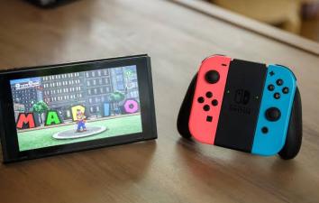【速報】識者「Switchはアメリカで11月に最も売れ、前年比で成長する唯一のプラットフォーム」