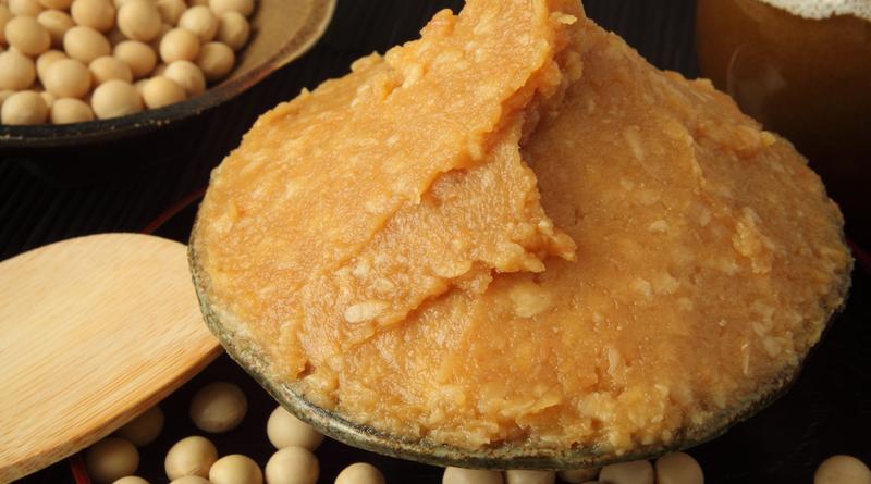 大豆イソフラボンはサプリや豆乳よりお味噌が効果的