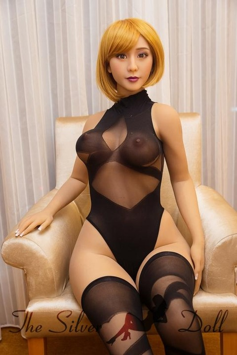 sm-doll-170cm-big-butt-silicone-sexdoll-love-doll-02-1