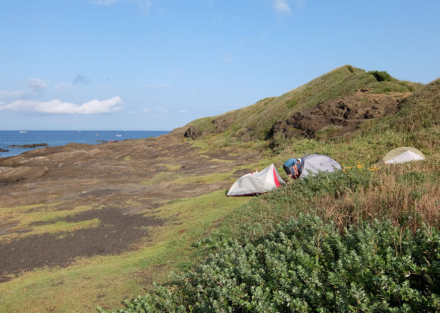 海辺のキャンプでセクハラ連発!?