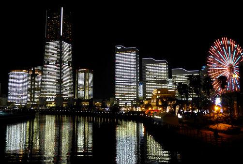 横浜の街をクリスマスランニング♪