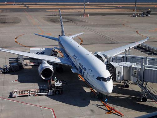 羽田空港でポケモンジェットとキティジェット♪