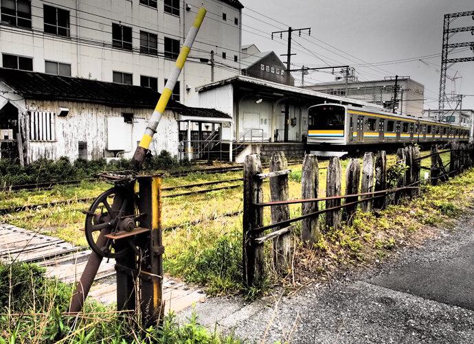横浜に残るローカル風情の鶴見線