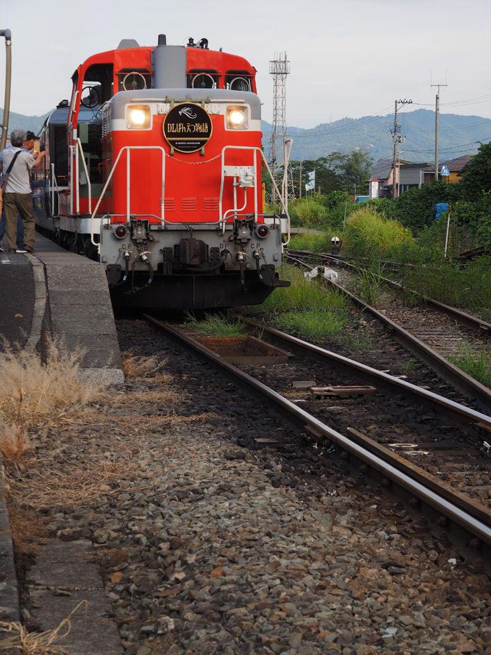 JR機関車に魅入られる