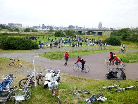 関戸橋・自転車フリーマーケット2013秋無事終了~♪