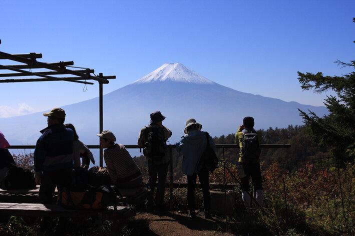 三つ峠山サイとヤマノススメ