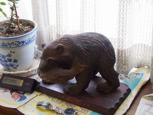 あなたに実家にもあるのでは!?  熊の木彫り