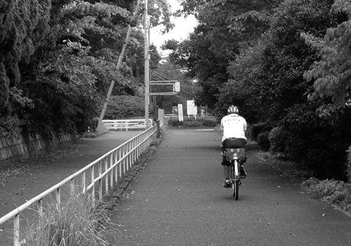 昭和のサイクリストと明治の旧家