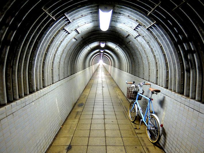 トンネルは嫌いですか!?