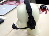 ヘッドホン型映像再生機器・UP(ユー・ピー)