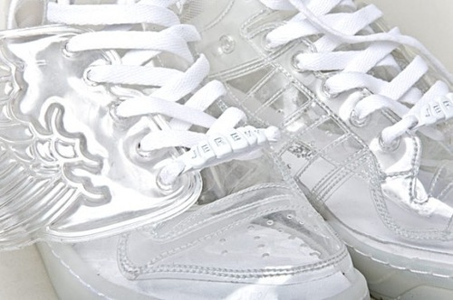 Adidas_ObyO_JS_CLEAR_4-1-570x379