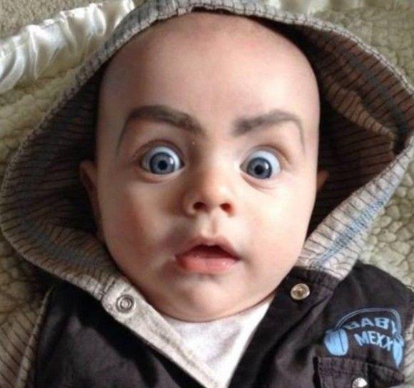 笑える赤ちゃん15
