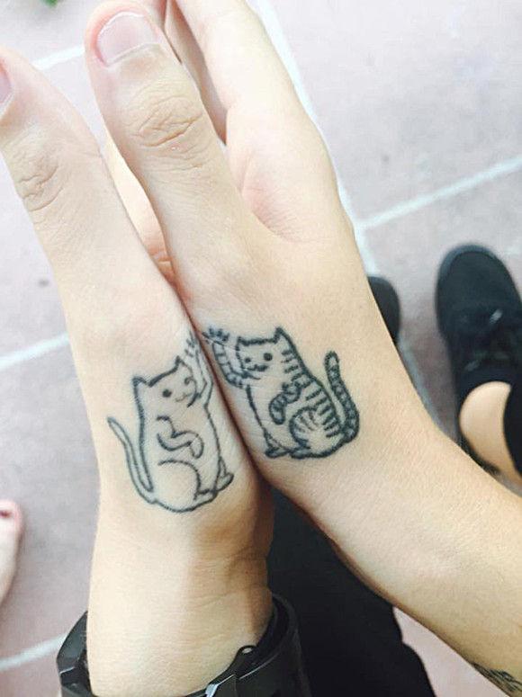 ネコの刺青が大人気20