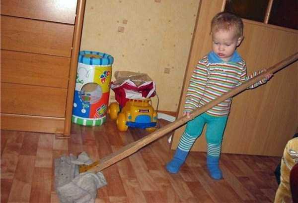 強制労働させられる赤ちゃん19