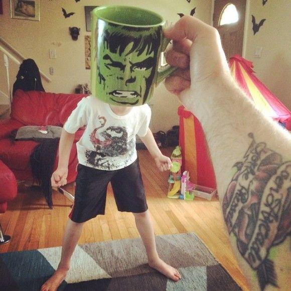 マグカップでスーパーヒーローに変身?!2