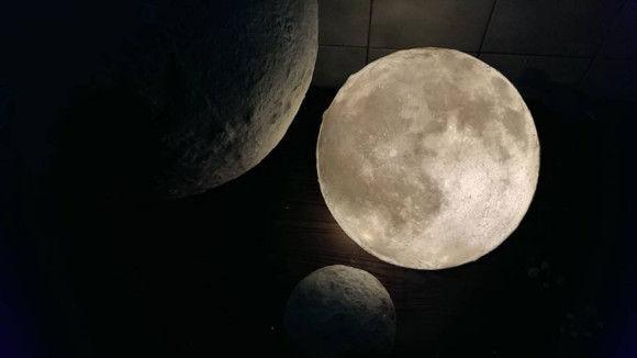 部屋に月のオブジェ6