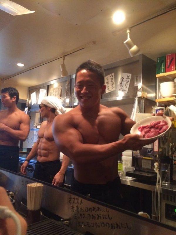 日本のマッチョ焼肉店が海外のサイトで紹介される2
