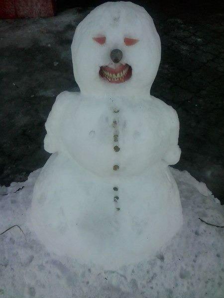 恐ろしすぎる雪だるま16