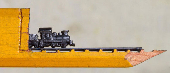 鉛筆の芯でつくった電車が凄い1