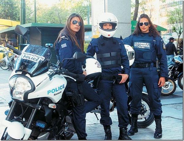 美しい女性警察官7