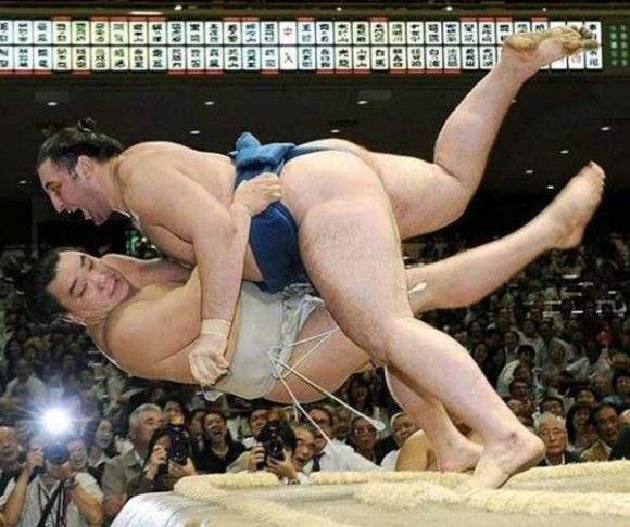 相撲-転ぶ瞬間-
