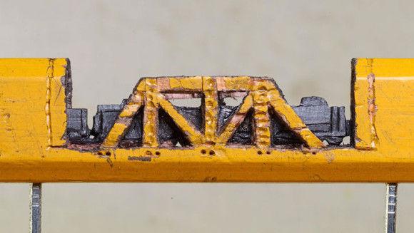 鉛筆の芯でつくった電車が凄い4