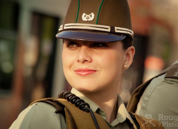 美しい女性警察官8