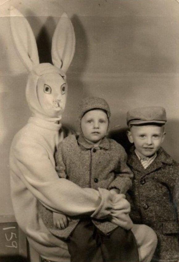 恐ろしい昔の着ぐるみ3