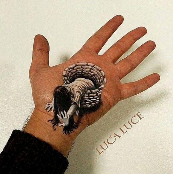 手のひらに書いた錯覚アートが凄い5