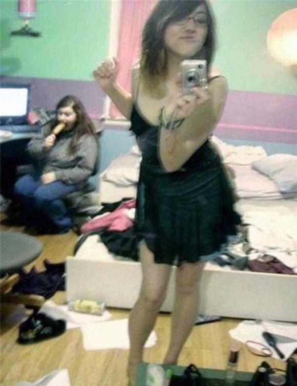 自撮りしているとき鏡を忘れていた人たち5