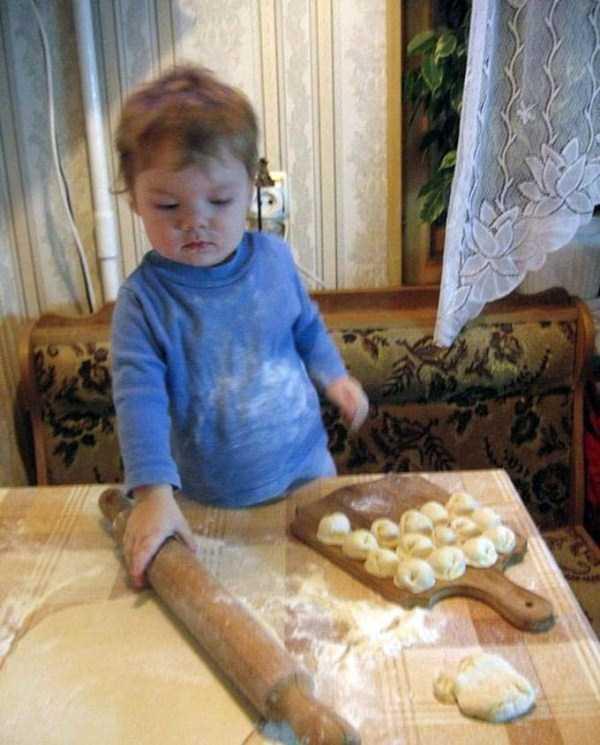 強制労働させられる赤ちゃん3