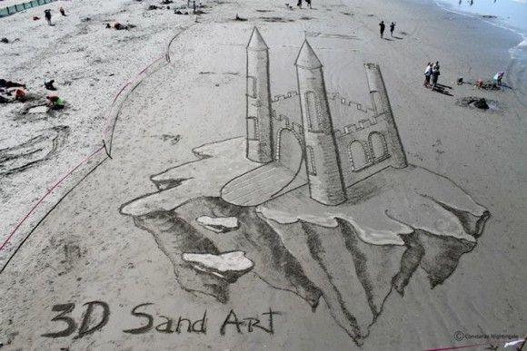 砂浜に書いたトリックアートが凄い1