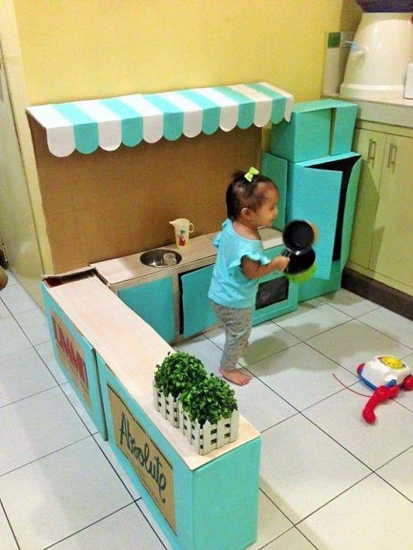子供の為に作った段ボールキッチン4