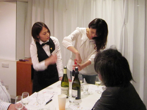 how_to_open_wine