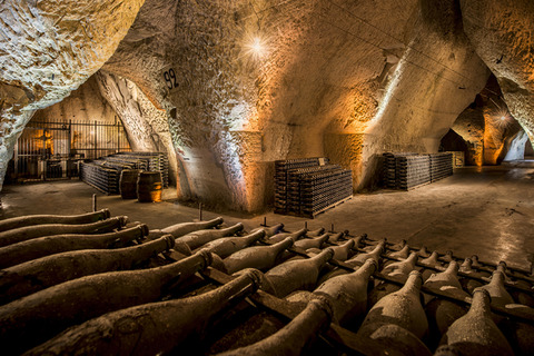 champagne-cellar