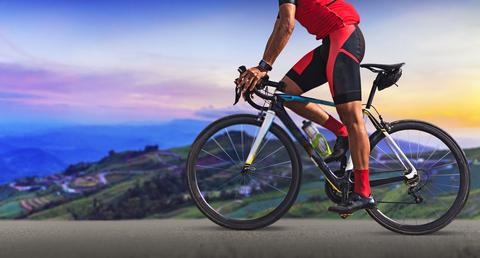 自転車ガチ勢の人達はカジュアルな格好でロードバイク乗ってるエンジョイ勢を見ると憤死するって本当ですか?