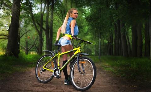 男だらけの『マウンテンバイク部』に女の子を入れる方法…