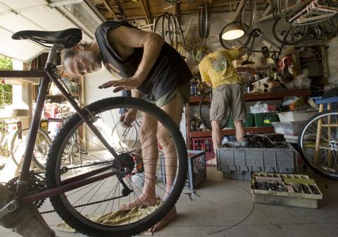錆び錆びのクロスバイクをお手入れしてみよう!
