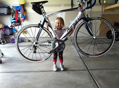 【個人の意見】自転車を持ち上げての写真、マジ意味不明